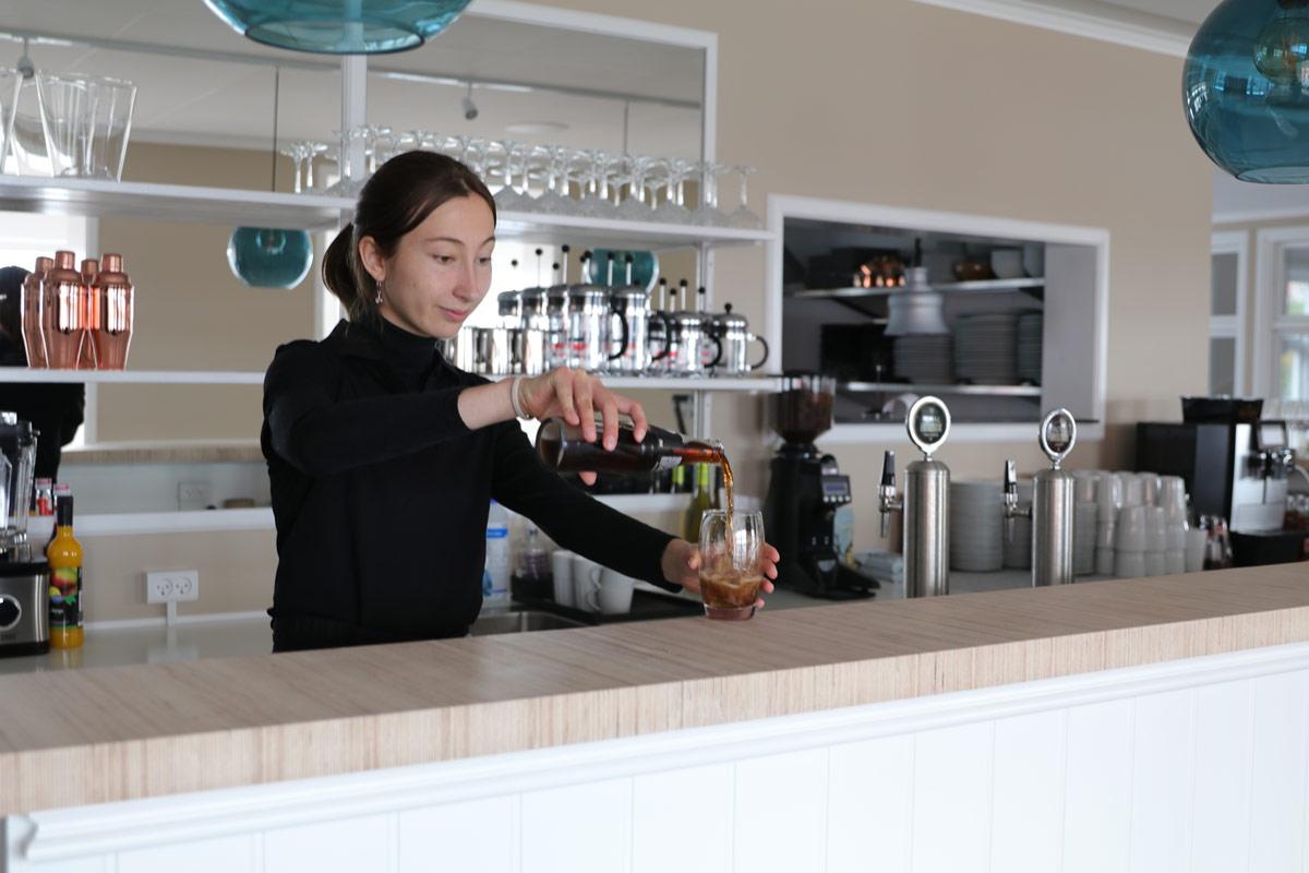 Det-Gamle-Toldhuus-Restaurant-Præstø-Helene-Jersild-cola-IMG_4971