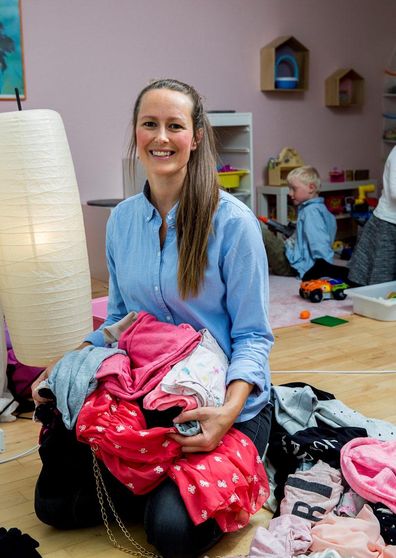 Familiestøtten-tøjindsamling-til-trængte-familier-Sanna-Rasmussen-stifter-af-Familiestøtten--2