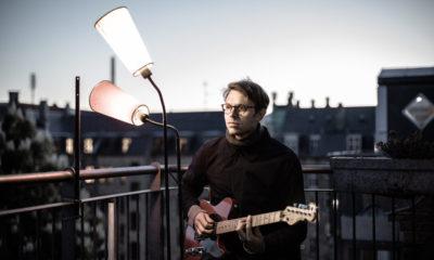 Mikkel-Ploug-guitar-koncert-musik-pressefoto-orenæs - saloner