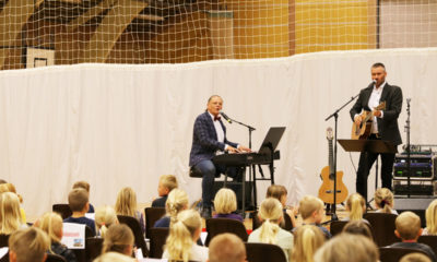 Sigurd-Barrett-og--Eskild-Dohn---koncert-i-Stensved-Langebækhallen-Stesnved-Sogn-IMG_7885
