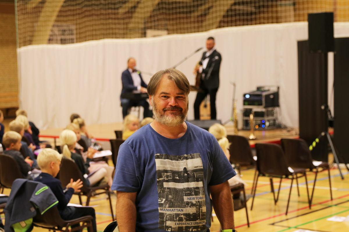 Sigurd-Barrett-og--Eskild-Dohn---koncert-i-Stensved-Langebækhallen-Stesnved-Sogn-Morten-Lind-IMG_7880
