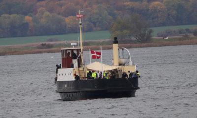 Færgen-Møn-ved-Farøbroen-på-fisketur-IMG_9055