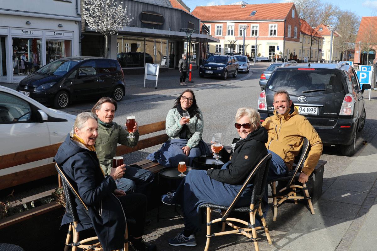 Stege på Møn Ba`ryhl Bar & Cafè fortovscafe